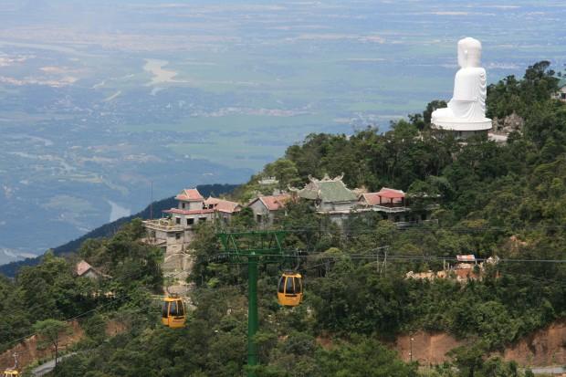 Núi Bà Nà